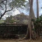 Бапуон (вид сзади, из джунглей)